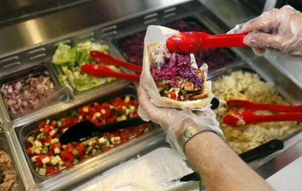 Những chiếc bánh mì Doner Kebab ngon nức tiếng Sài Thành