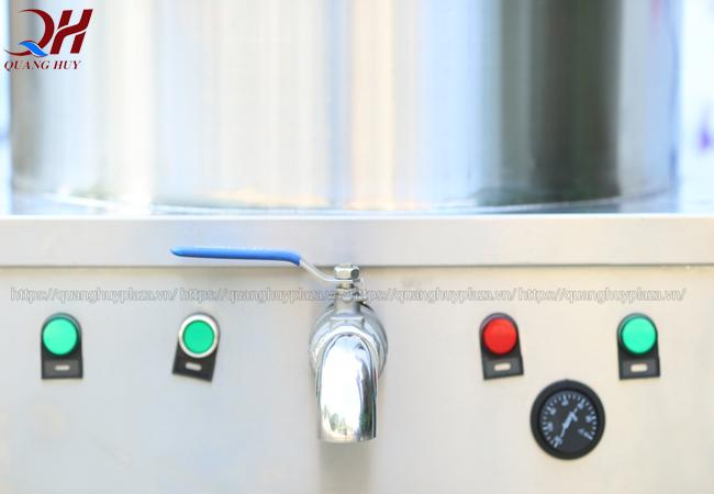 Công tắc điện và nút điều chỉnh tiện lợi