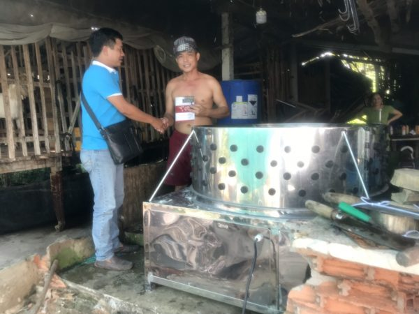 Quang Huy chuyển giao sản phẩm tới tay khách hàng