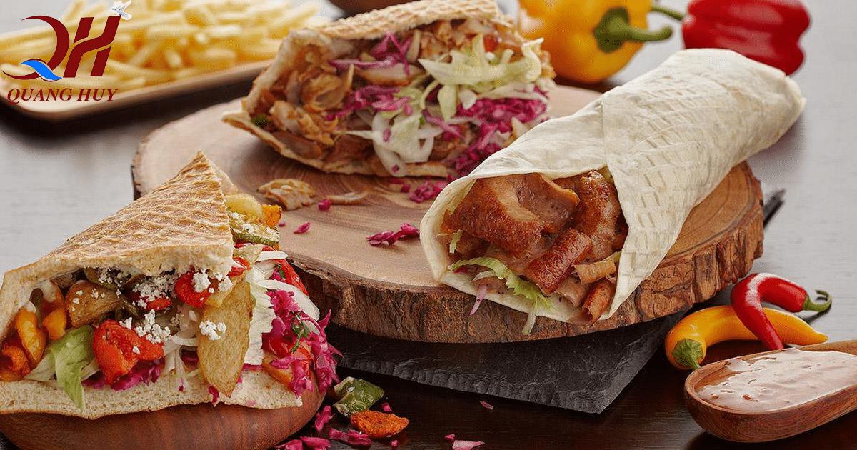 Các bạn hoàn toàn có thể tổ chức những bữa tiệc bằng Doner kebab