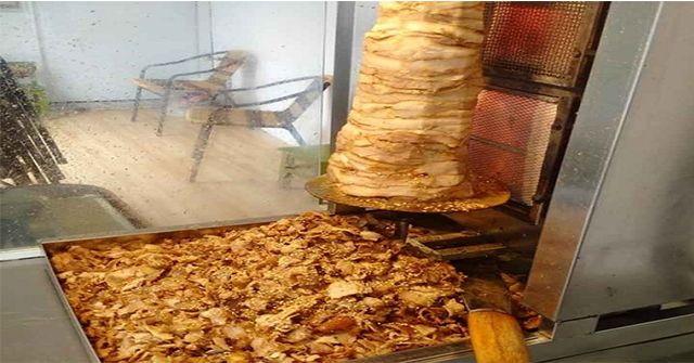 Học cách ướp thịt bánh mì doner kebab vàng ươm đậm đà