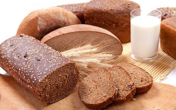 Bánh mì đen giảm cân hiệu quả giành cho chị em phụ nữ