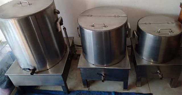 """Những hạn chế của nồi nấu cháo điện cũ, Thiết kế nồi nấu cháo """"lỗi thời"""""""