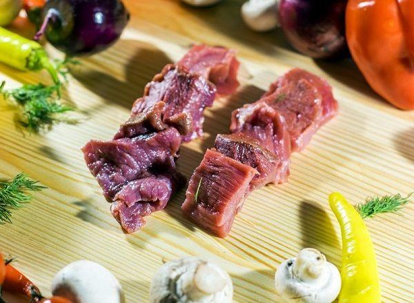 Sơ chế khử mùi hôi của thịt dê