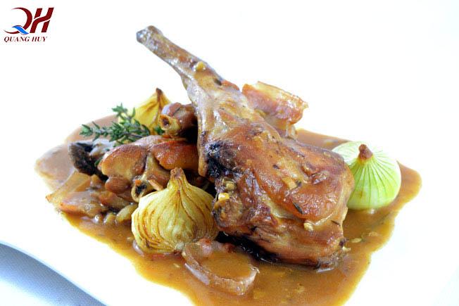 Món thịt thỏ Conejo Ala Cazadora nổi tiếng từ Tây Ban Nha
