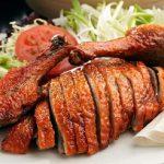 Thịt vịt thơm ngon nhờ kết hợp nhiều hương liệu, gia vị khác nhau