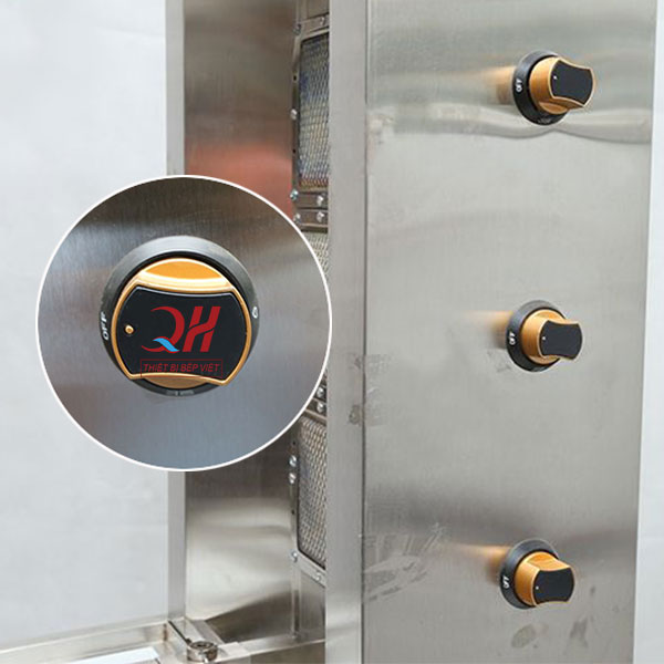 Mỗi buồng đốt sẽ được bố trí núm điều chỉnh nhiệt độ riêng biệt