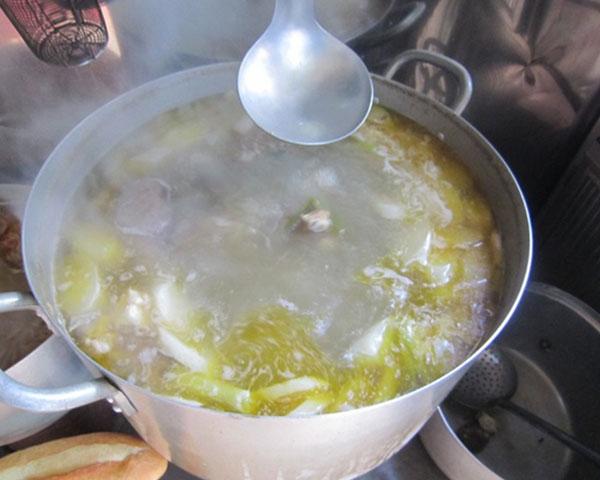 Nồi nấu nước dùng thơm ngon