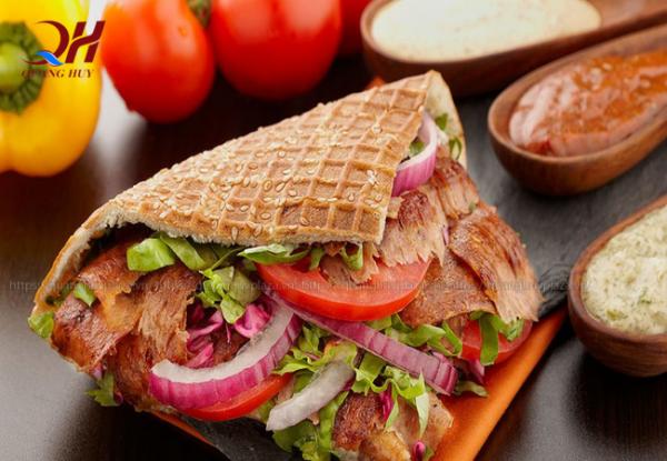 Bánh mì Doner kebab món bánh thơm ngon, hấ p dẫn
