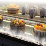 Tủ trưng bày bánh kem để bàn kính vuông 90cm