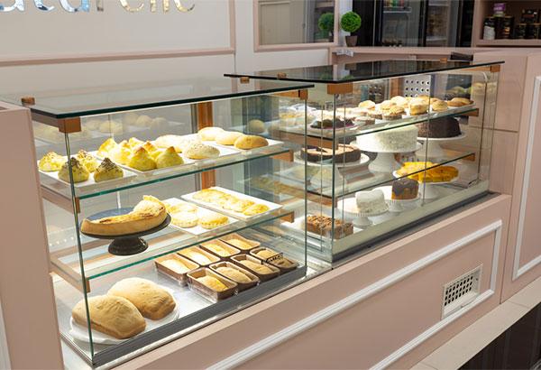 Hướng dẫn sử dụng tủ trưng bày bánh kem