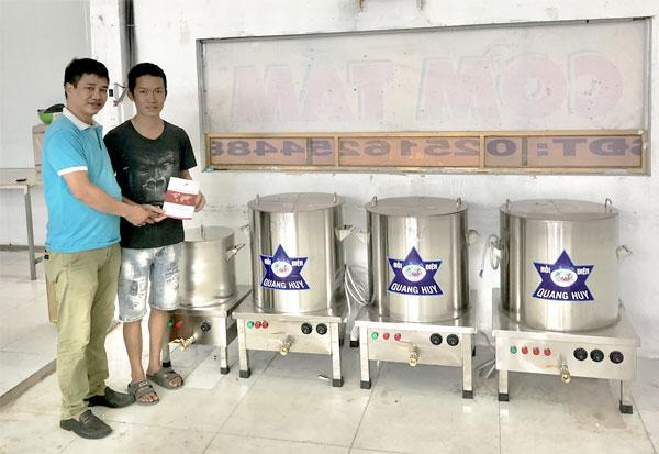 Quang Huy tư vấn lựa chọn bộ nồi nấu phở điện phù hợp cho khách hàng