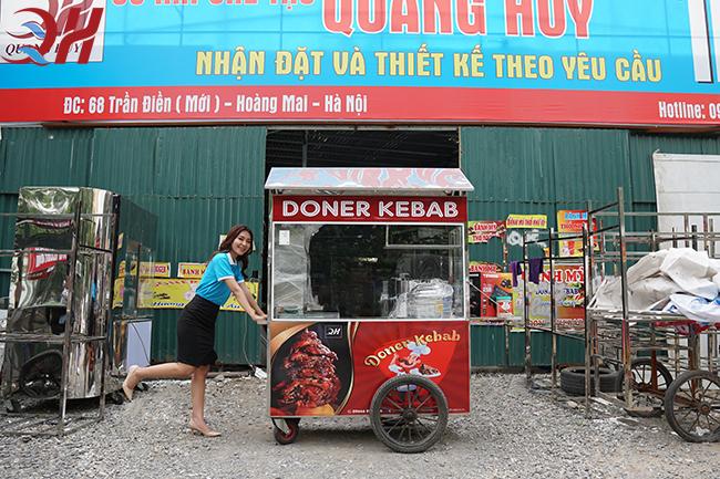 Xe bán xôi bán bánh mì kết hợp của Quang Huy