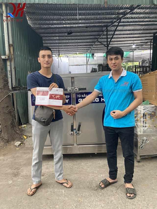 Quang Huy địa chỉ mua tủ cơm 24 khay uy tín