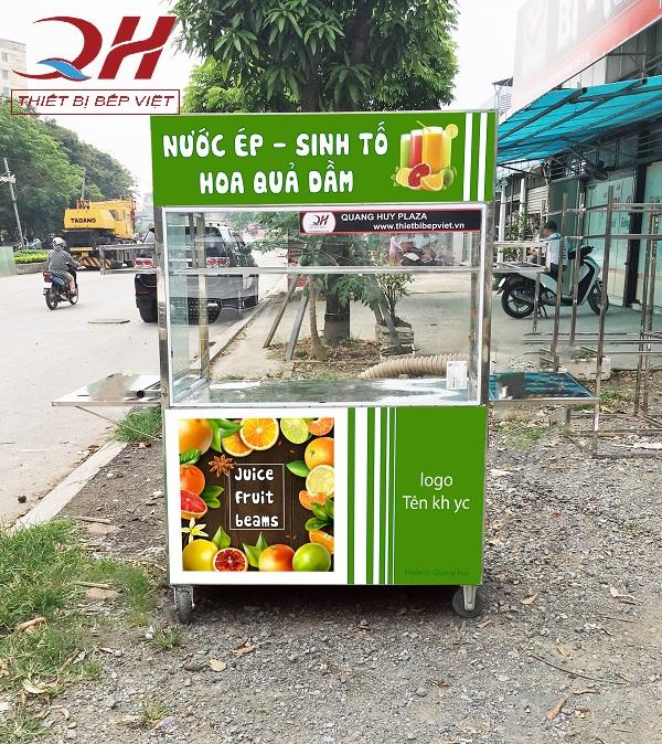 Xe đẩy bán nước ép trái cây