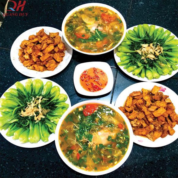 Lên thực đơn các món ăn và đồ uống