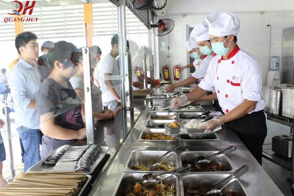 Khu vực nấu nướng đảm bảo an toàn vệ sinh thực phẩm