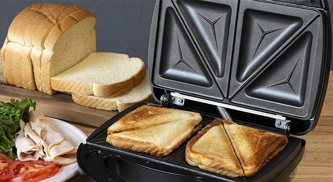 Sử dụng máy ép nóng bánh mì để làm nóng bánh mì