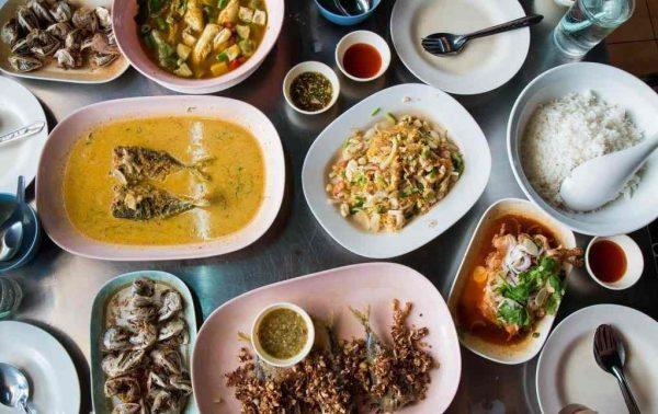 Đầu tư chất lượng món ăn ngon, thực đơn đa dạng, hấp dẫn (Ảnh: Internet)