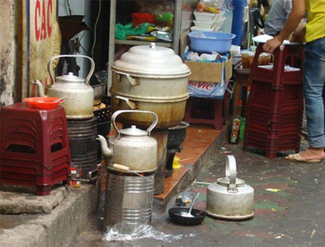 sử dụng bếp lò để nấu hủ tiếu hay chế biến không thân thiện với môi trường