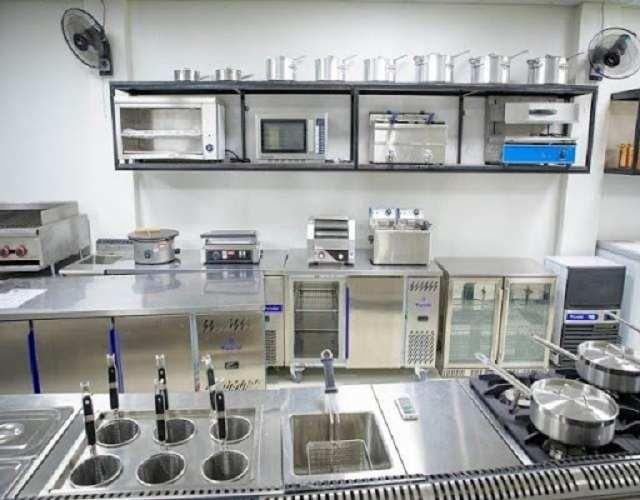 Các loại thiết bị bếp hữu dụng trong các nhà hàng và khách sạn hiện nay