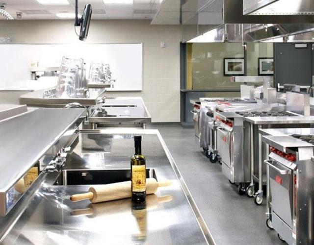 Các loại thiết bị bếp công nghiệp được trang bị trong các nhà hàng và khách sạn