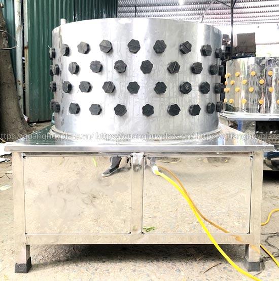 Máy vặt lông chó Quang Huy được làm từ inox 304 chất lượng cao