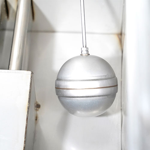 Hệ thống phao cấp nước, chống tràn giữ mực nước trong tủ luôn ổn định
